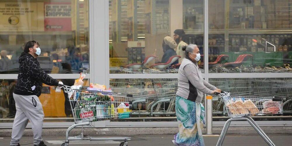 مجازات سنگین پلیس نیوزیلند برای فردی که بی فایده در فروشگاه ها عطسه می کرد